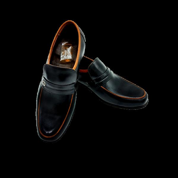 کفش چرمی
